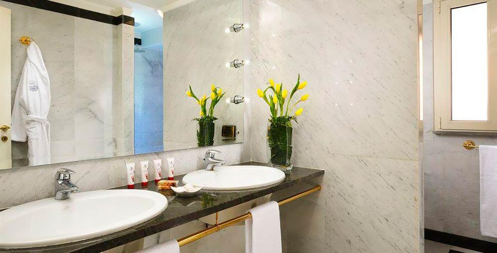 Las habitaciones disponen de baño privado completamente equipado