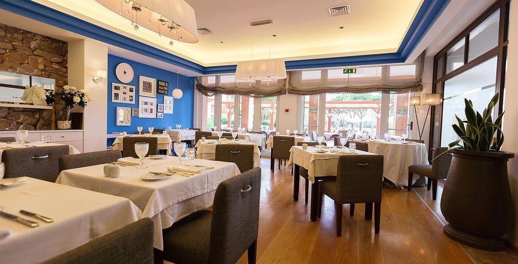 Saborea las delicias de Rocca Restaurant...