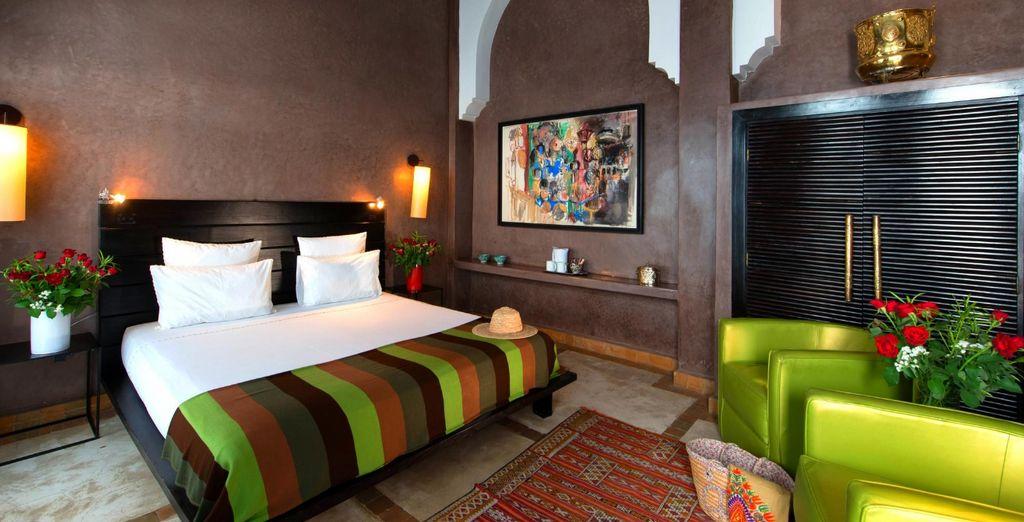 Cómodas estancias con un diseño colorido que invitan al descanso
