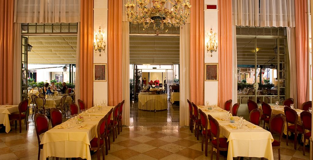 Degusta platos venecianos, italianos clásicos e internacionales