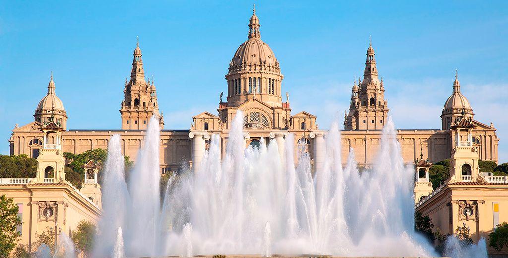 El Museo Nacional de Arte de Catalunya y la fuente mágica de Montjuïc