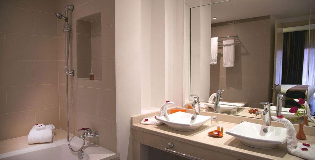 Ambas con un baño privado completamente equipado
