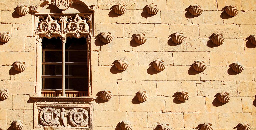 Descubre el edificio histórico de la Casa de las Conchas