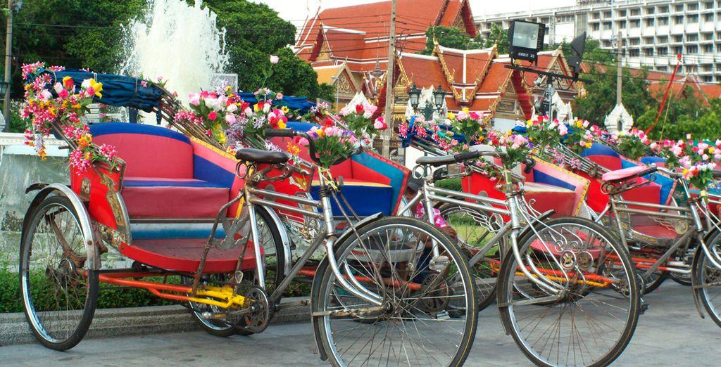 Visitarás el casco antiguo de la ciudad en un Rickshaw
