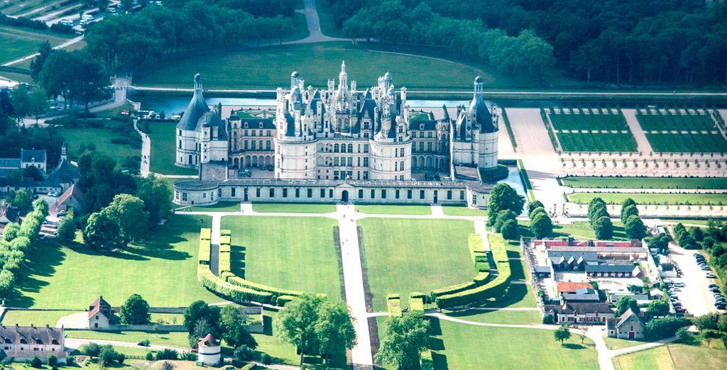 Los castillos de Loira y París, Francia
