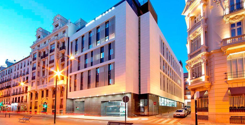 Eurostars Central 4* se encuentra ubicado en una de las zonas mejor situadas de Madrid