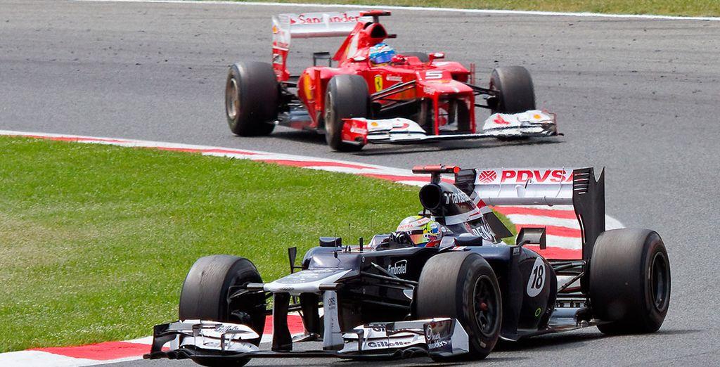 ¡Viva el increíble espectáculo de la Fórmula 1 en primera persona!