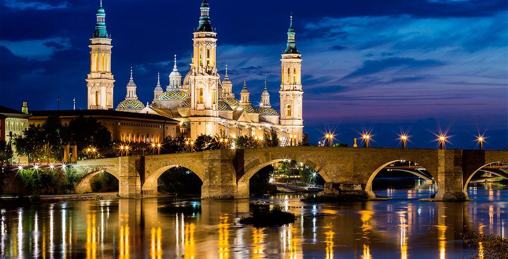 Podrá explorar y conocer cada rincón de la ciudad de Zaragoza