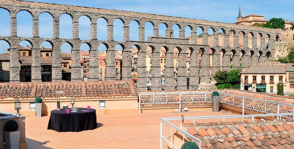 A los pies del acueducto de Segovia ha nacido un hotel moderno