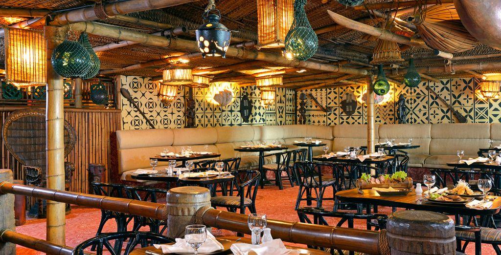 No dude en probar los platos del Restaurante Oriental Polinesio