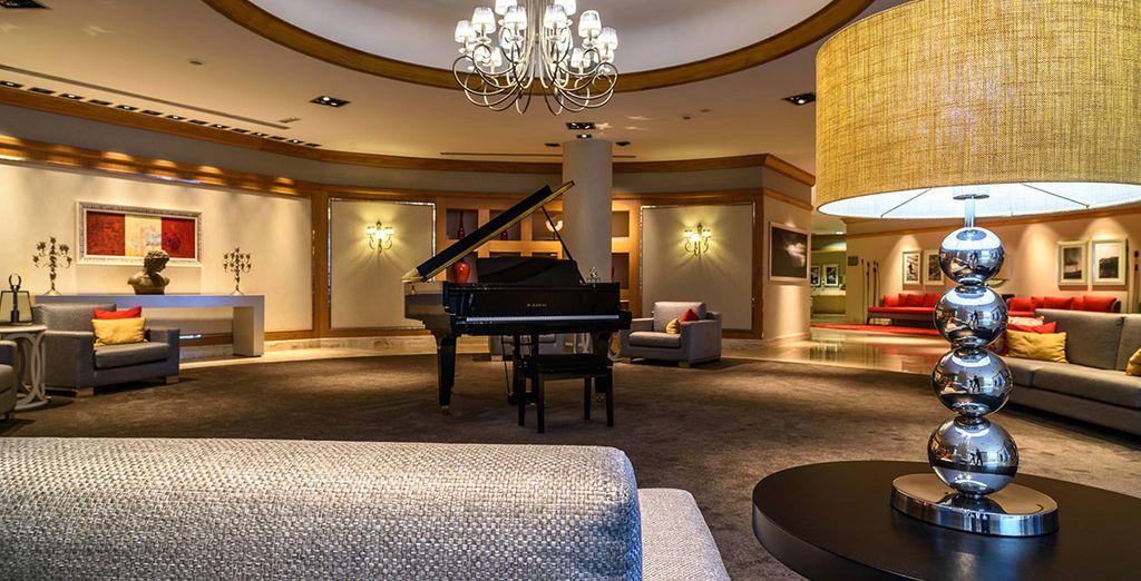 Bienvenido al elegante Sesimbra Hotel & Spa 4*