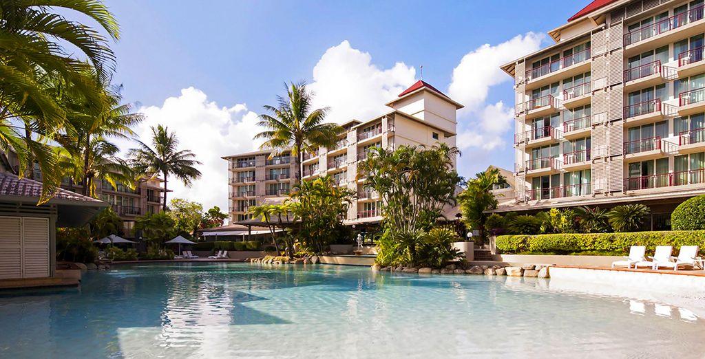 Durante su estancia en Cairns, se alojará en Novotel Oasis Resort 4*