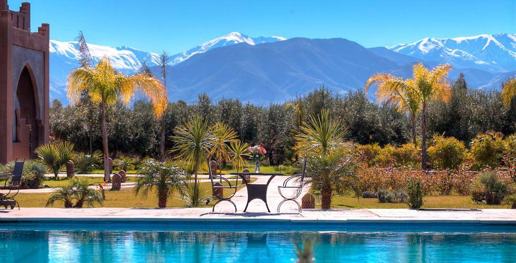 Con unas vistas excepcionales de las montañas del Atlas