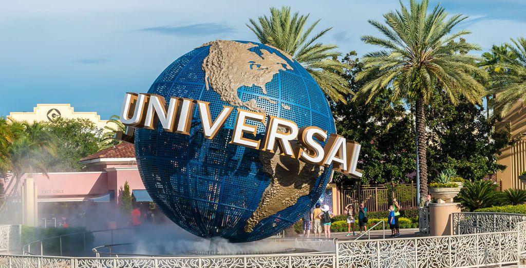 Se encuentra a 16 km de Universal Studios