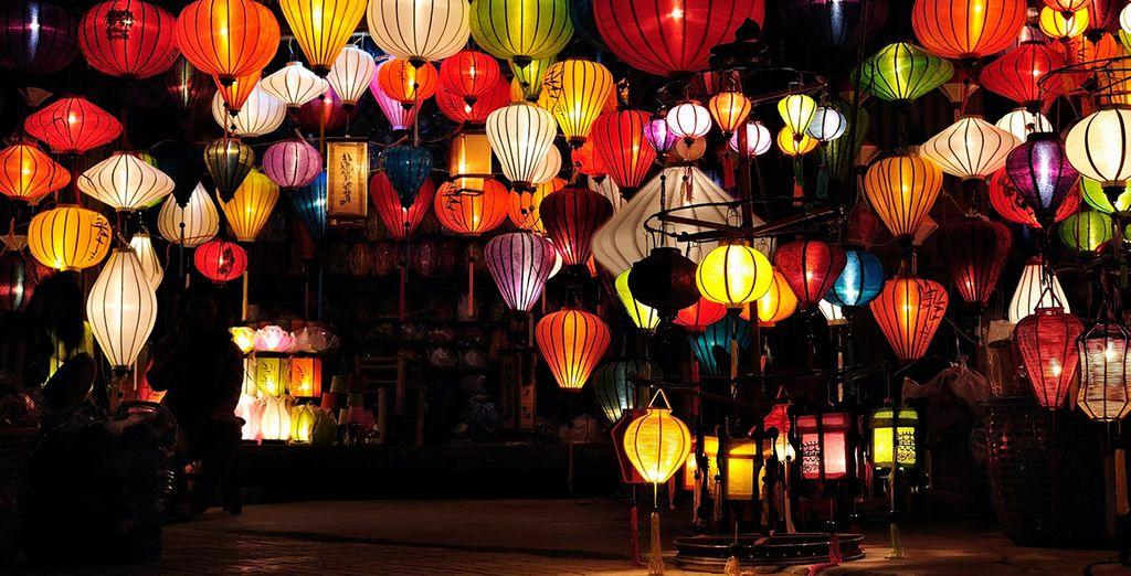 Le temps d'un circuit où parfums et couleurs se mélangent parfaitement. - Circuit Saveurs du Vietnam 10 jours / 9 nuits en hôtels 4* et 5* Ho Chi Minh City