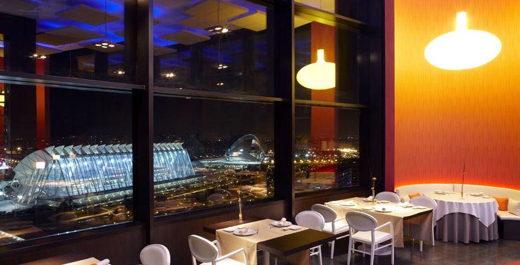 Signé de l'architecte Santiago Calatrava qui offre un sublime panorama