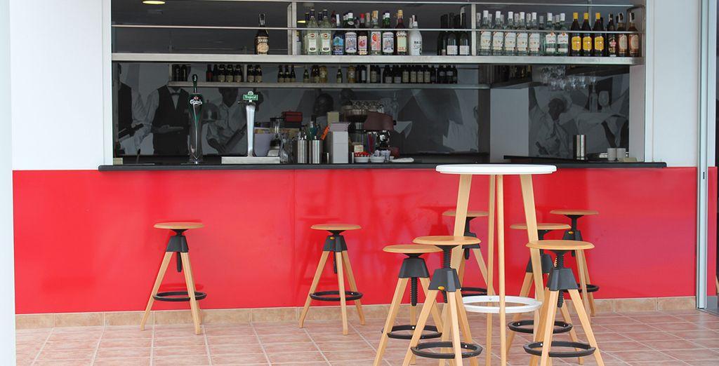Un bar sera à votre disposition pour toute envie de rafraîchissement