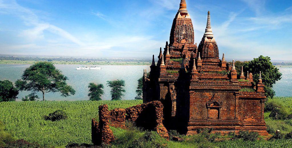 Offrez-vous une expérience inoubliable... - Hôtel The Strand Yangon 5* & Croisière Belmond Road to Mandalay, en classe Affaires avec Qatar Aiways Yangon