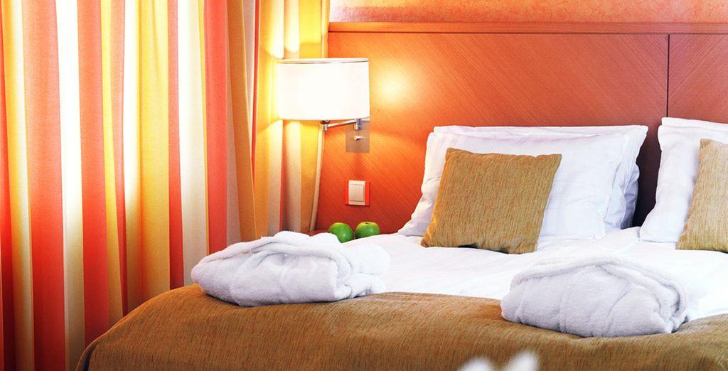 Installez-vous confortablement dans votre 4* et ses chambres cosy et colorées...