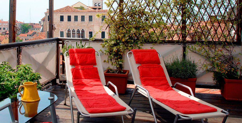 Et pourrez vous détendre, confortablement installé sur le toit-terrasse