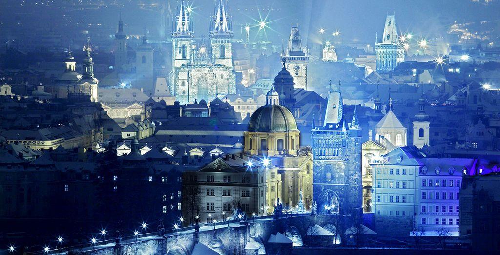 Admirez la splendeur de la ville de jour comme de nuit