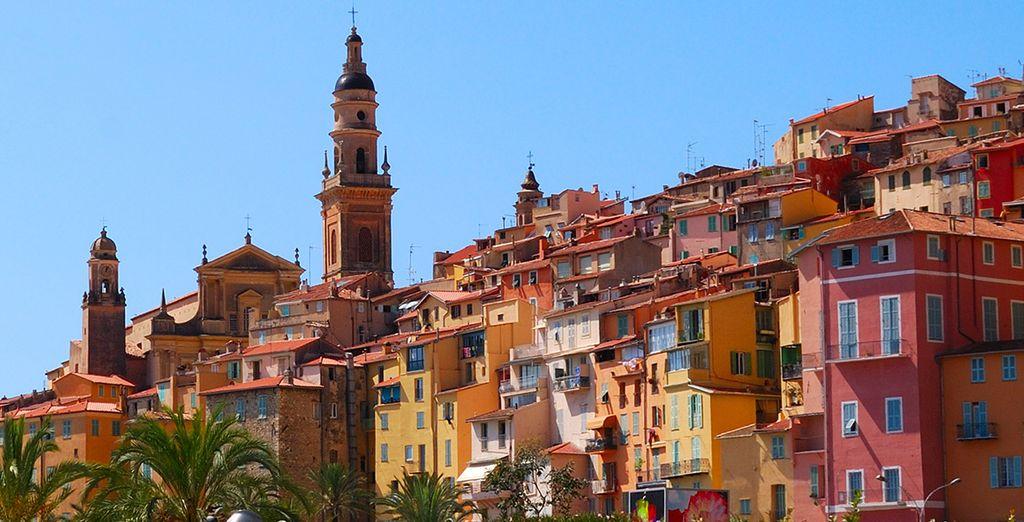 À 20 minutes de route, découvrez Vintimille, en Italie