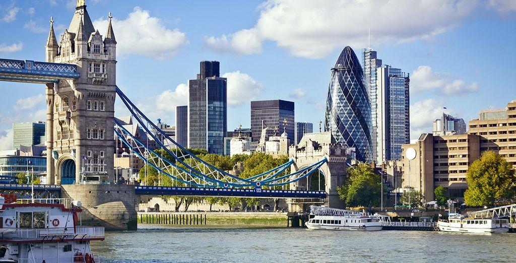 Photographie du Tower Bridge et de la capitale de l'Angleterre, Londres