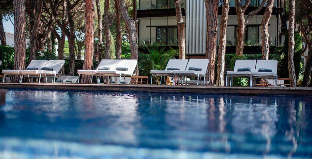 Hotel NM Suites 4*