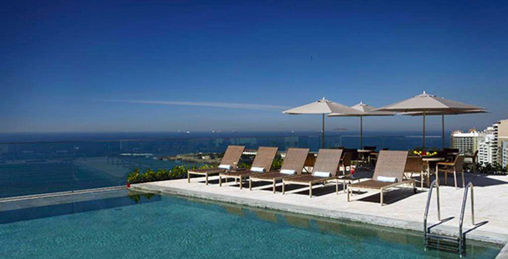 Prélassez-vous au bord de la magnifique piscine de l'hôtel - Miramar Hotel by Windsor ***** Rio de Janeiro