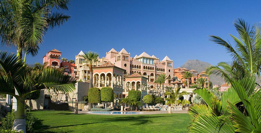 Entrez dans l'Iberostar Grand hôtel El Mirador