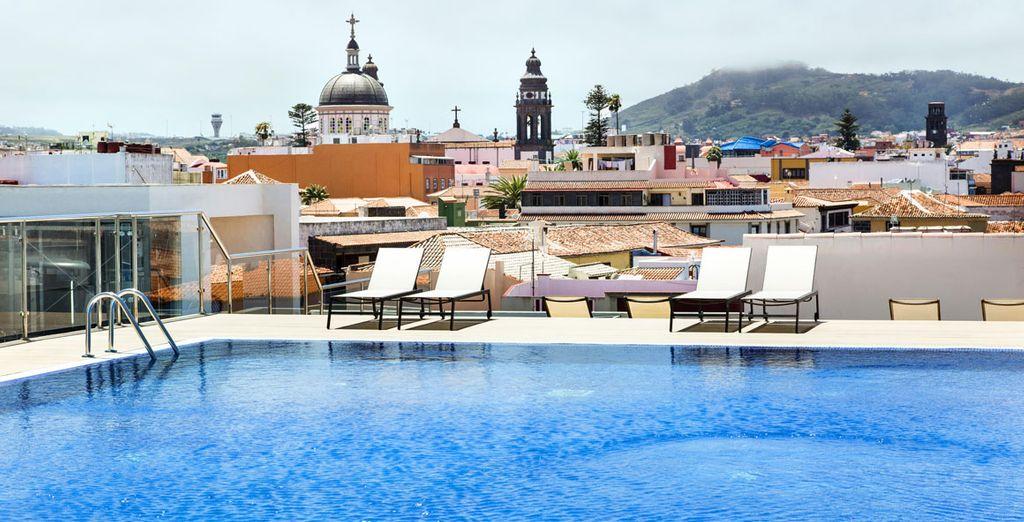 La laguna gran hotel 4 voyage priv jusqu 39 70 for Hotel nice piscine sur le toit