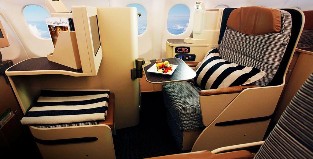 Servi à votre place, confortablement installé dans votre siège tout équipé
