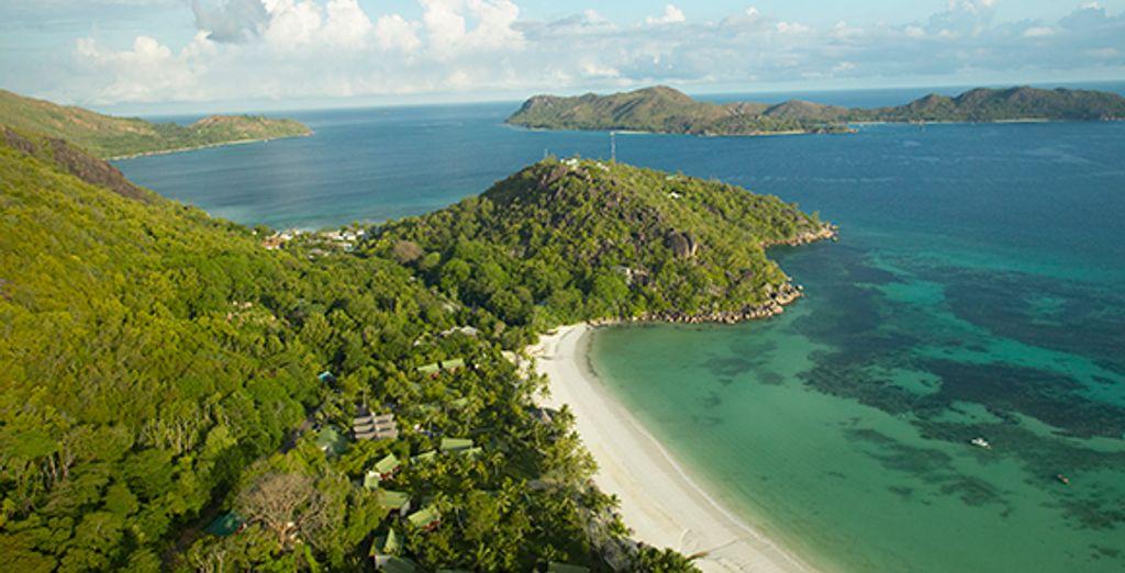 Entre végétation luxuriante et plage de sable blanc - Paradise Sun **** Sup  Praslin Island