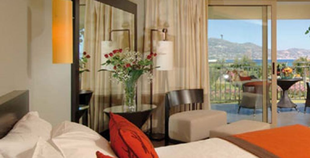 - Hôtel Candia Maris Resort & Spa ***** - Amoudara - Crète Heraklion.