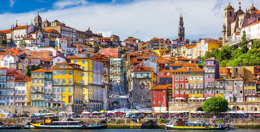 Photographie de Porto et de ses bâtiments colorés, au Portugal