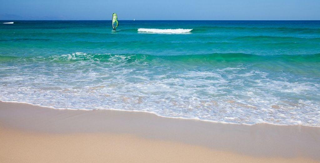 Aux sublimes plages de sable blanc...