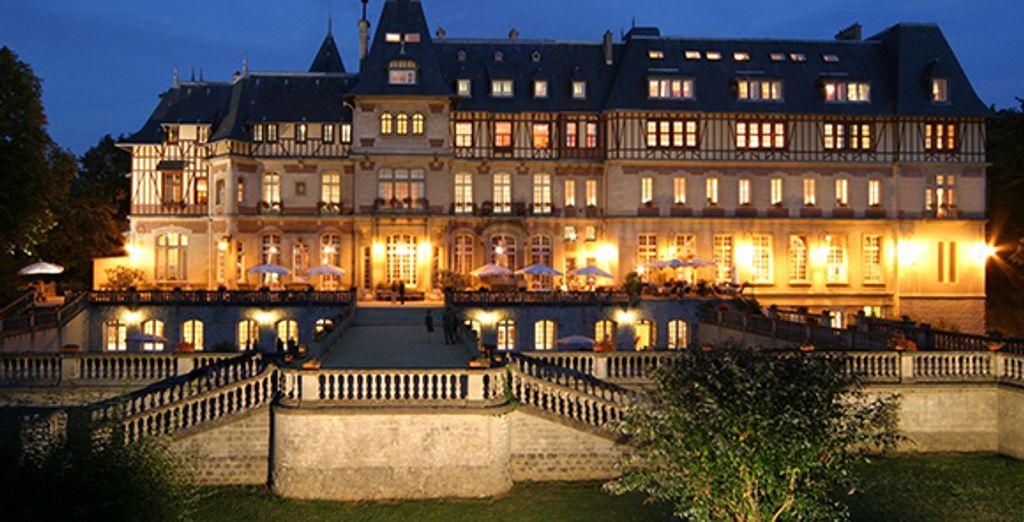 Bienvenue au Château de Montvillargenne - Château de Montvillargenne **** Chantilly
