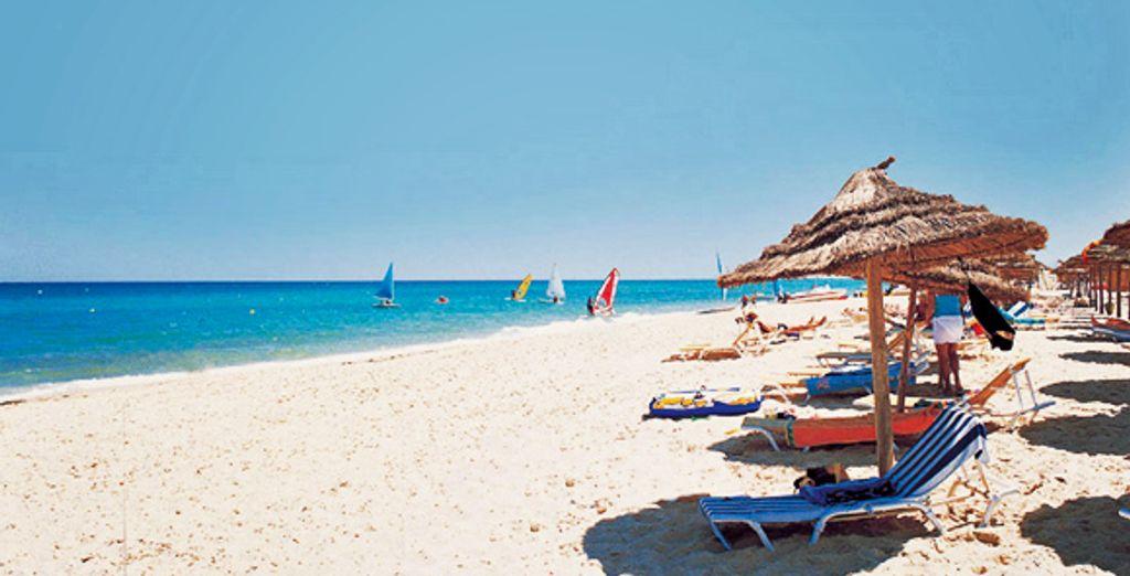 Prenez le soleil sur la plage privée