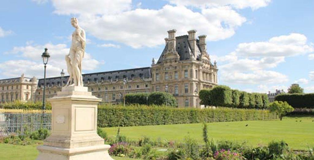 Et le mythique musée du Louvre
