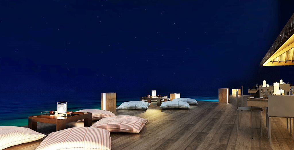 Photographie de l'Hôtel Cocoon Maldives 5* et dîner sous les étoiles face à l'océan