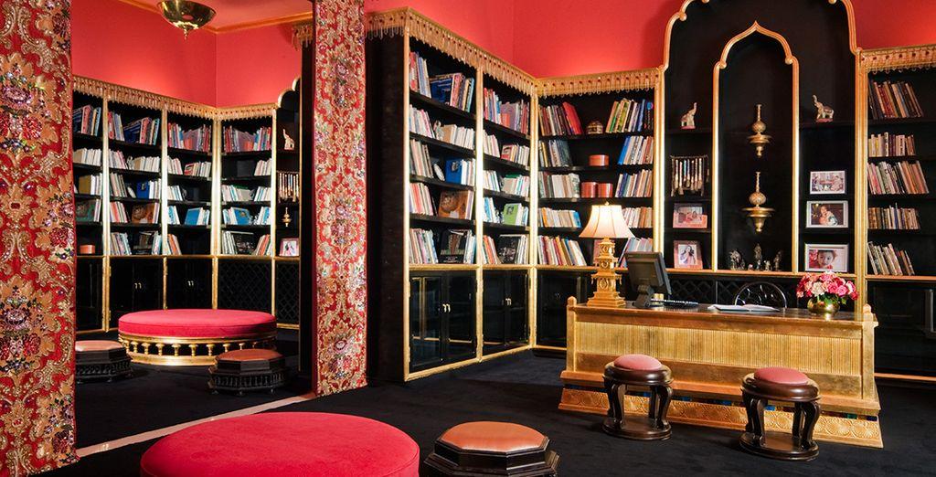Installez-vous dans sa confortable librairie