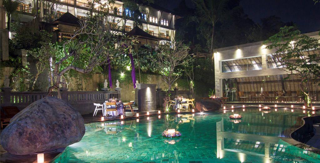 Et enfin, profitez de la sublime piscine qui s'offre à vous !