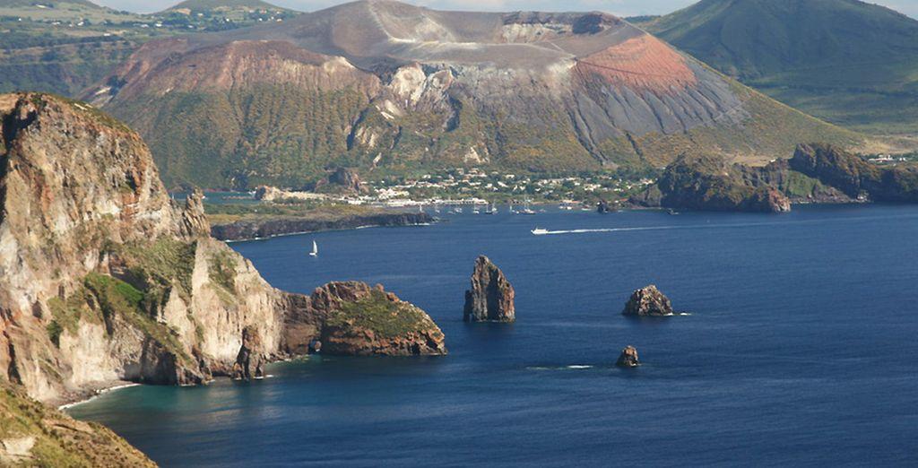 Craquez pour notre offre combiné, direction les îles éoliennes...