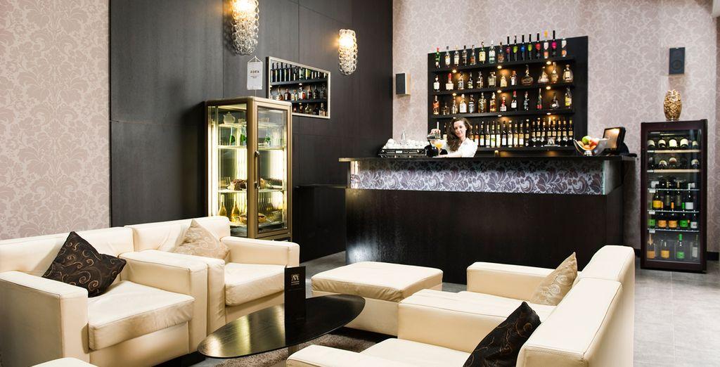 Puis installez-vous au bar pour prolonger les plaisirs...