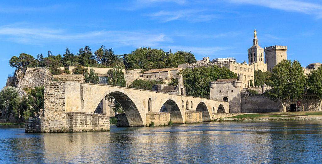 Et découvrez le pont d'Avignon !