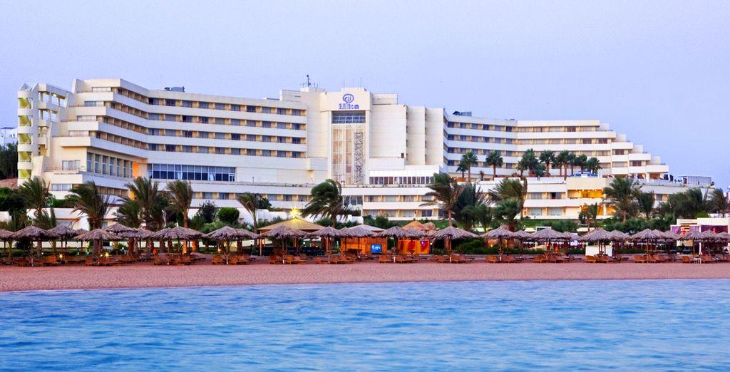 Cap sur l'hôtel Hilton Hurghada Plaza 5*...