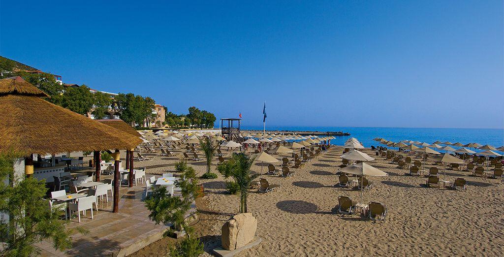 Ou sur la plage aménagée de l'hôtel !