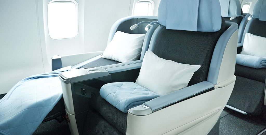 Et en bénéficiant d'un confort hors pair à bord, comme des sièges convertibles en lit...