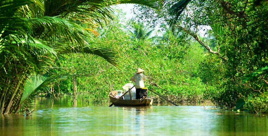 Continuez vers le village de Ben Tre près du fleuve Mékong