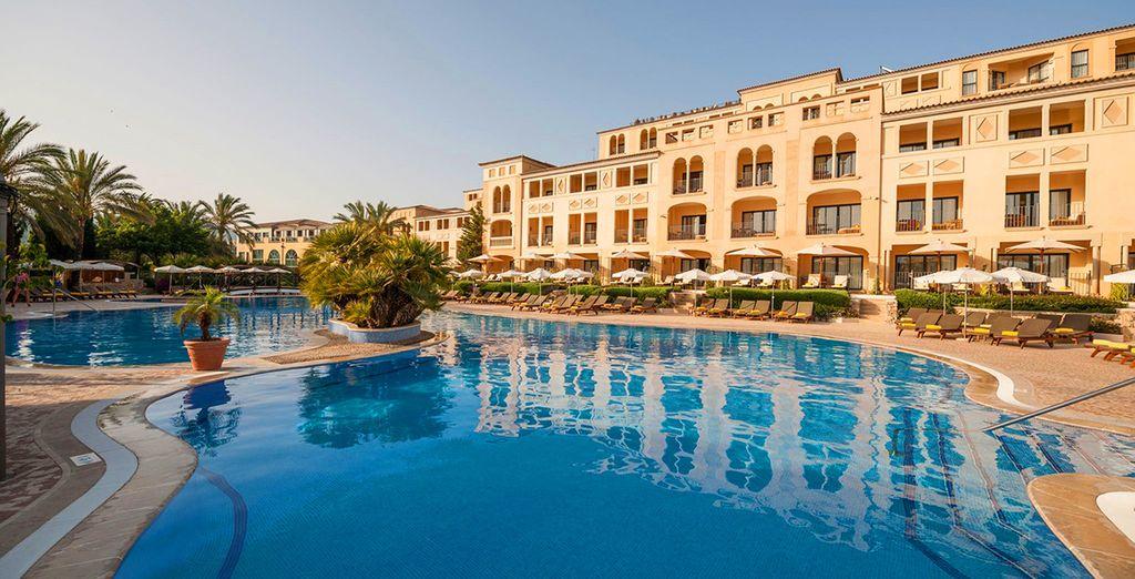 Partez pour la douceur de vivre méditerranéenne de Majorque ! - Hôtel Steigenberger Golf & Spa Resort in Camp de Mar 5* Majorque